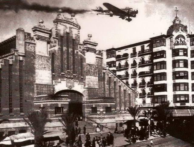 Bombardeo del Mercado Central de Alicante