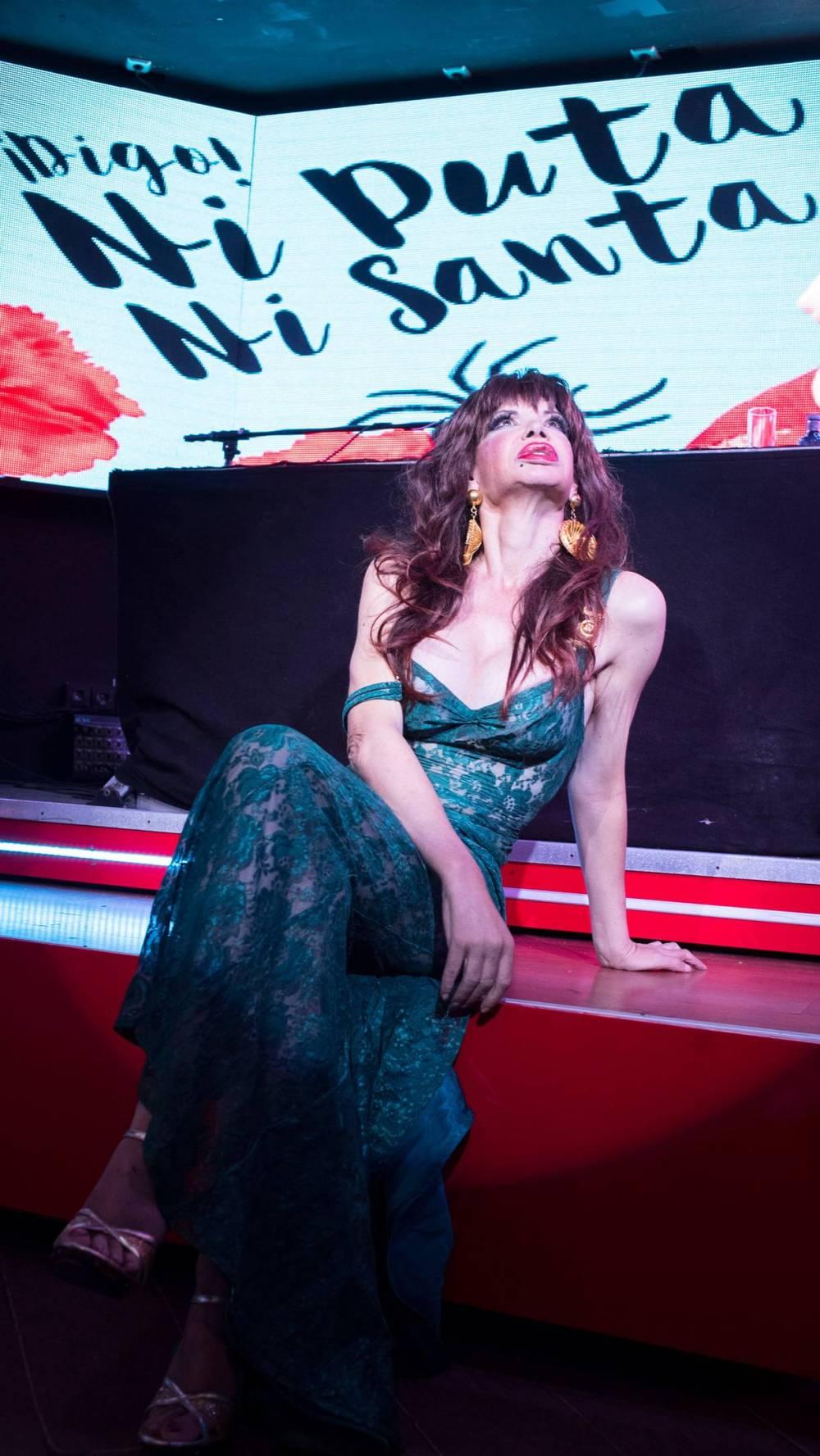 entrevista-la-veneno-ni-puta-ni-santa-libro-body-image-1475576354.jpg